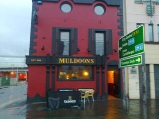Muldoons Bar